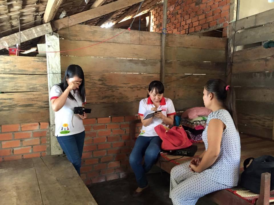 Hình ảnh gia đình chị Nguyễn Thị Hồng Thắm