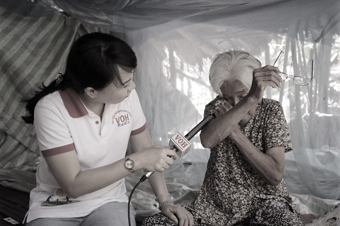 """Radio kỳ 349: Vận động """"Xoá nhà lá cho 150 gia đình nghèo ở miền Tây"""""""